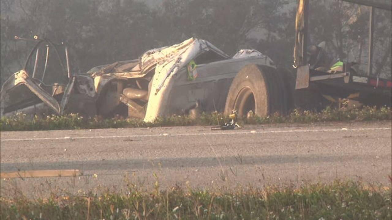 SR 520 crash overturned truck