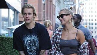 Justin Bieber Serenades Fiancee Hailey Baldwin Outside Buckingham Palace