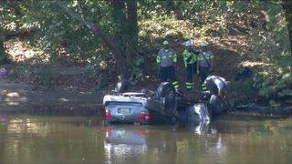 Woman dies more than week after car crash into James River in Lynchburg