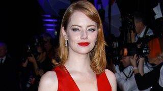 Emma Stone Debuts Drastically Darker &#039&#x3b;Do -- See the New Look!
