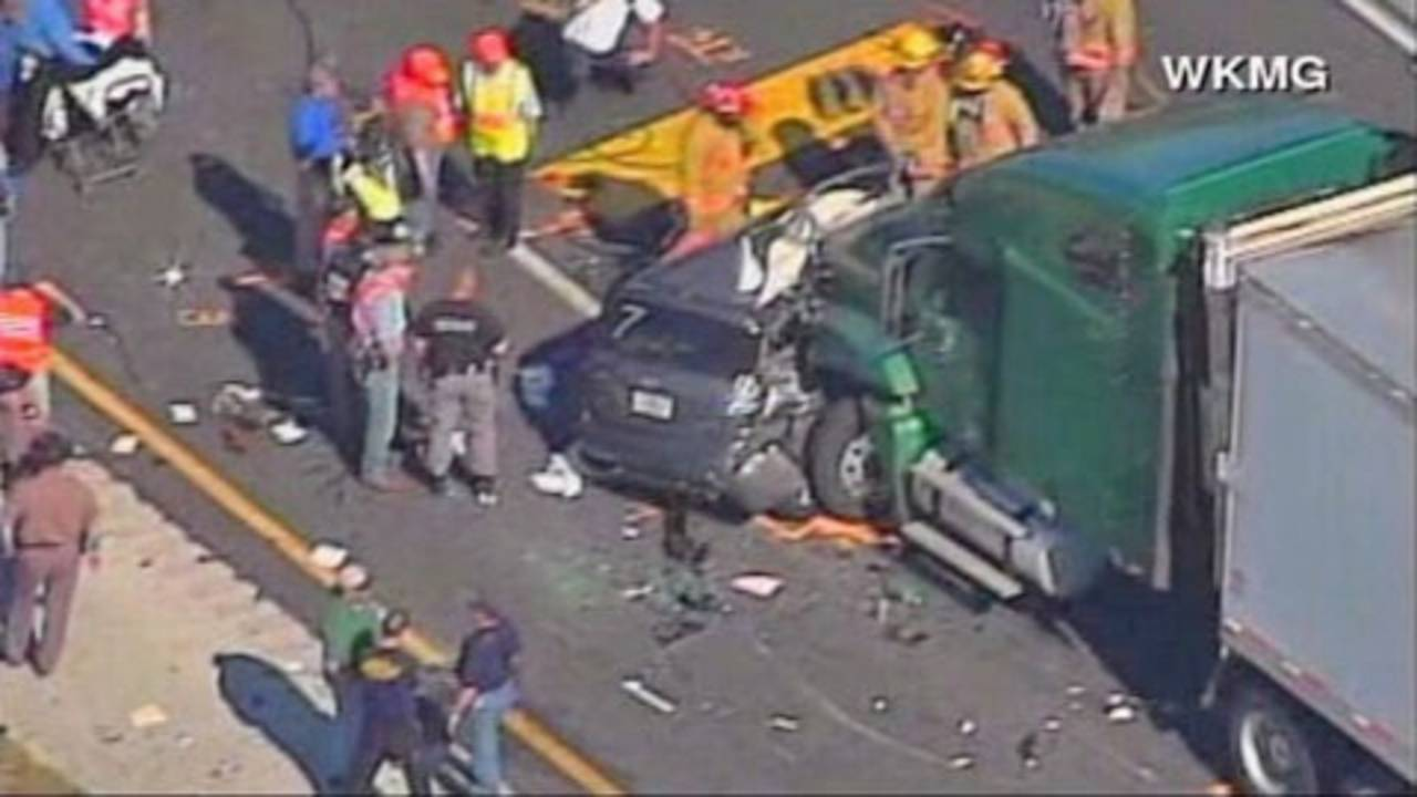 911 calls released in I-75 tragedy_8567556
