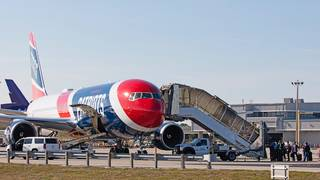 New England Patriots donate plane to fly Stoneman Douglas students to&hellip&#x3b;