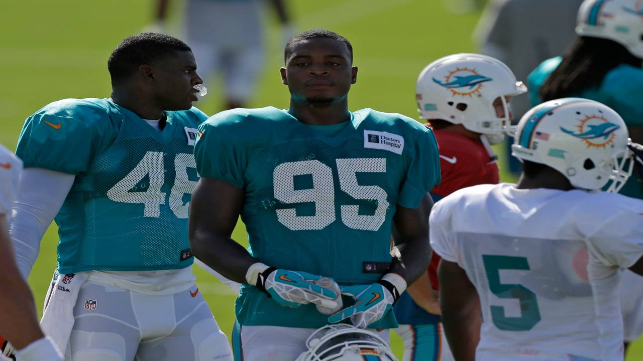Dion Jordan in Dolphins training camp in 2014