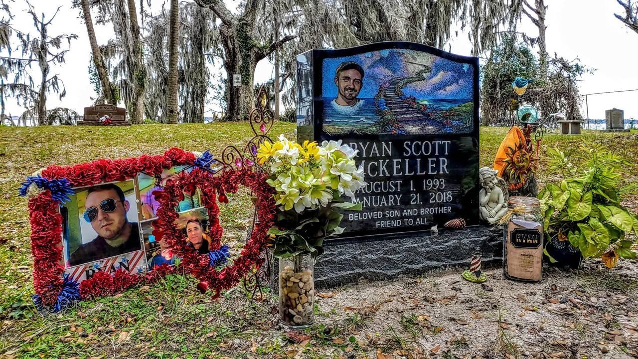 01-29 Ryan Scott McKeller's gravesite