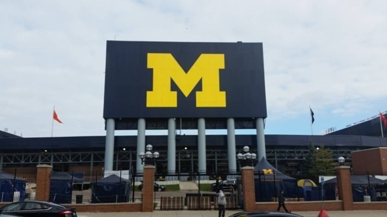 University of Michigan_35910202
