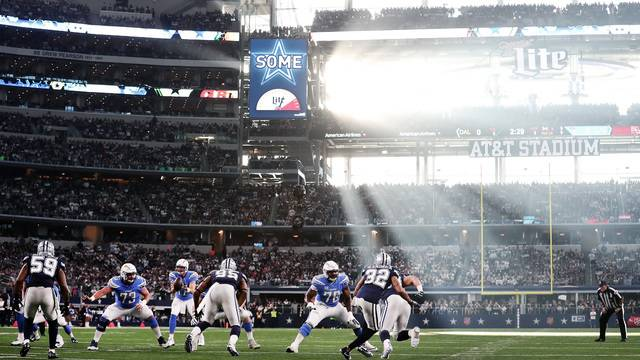 Nfl Ratings Thanksgiving 2017 >> NFL's Thanksgiving games take a ratings hit