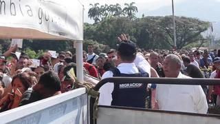 Crisis grows at border between Venezuela and Colombia