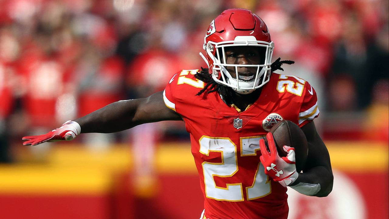 Chiefs cut star running back Hunt after alleged assault video f07cd5117