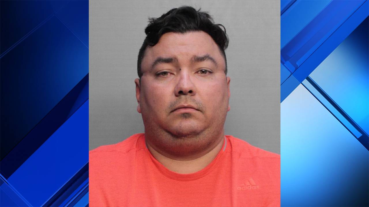 South Florida man accused of failing to deliver trucks