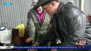 KSAT 12 goes behind the scenes on first day of San Antonio Stock Show…
