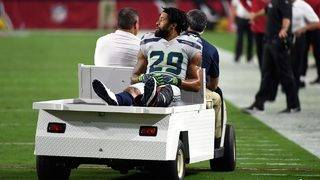 Former Longhorn Earl Thomas gives Seahawks middle finger while being&hellip&#x3b;
