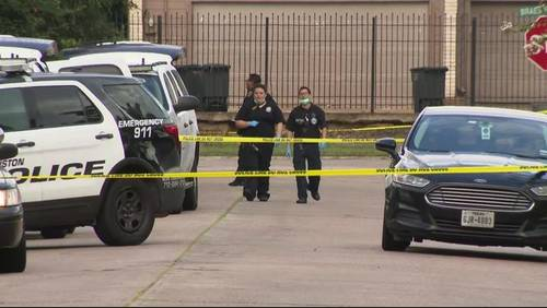 1 killed in southwest Houston shooting, police say
