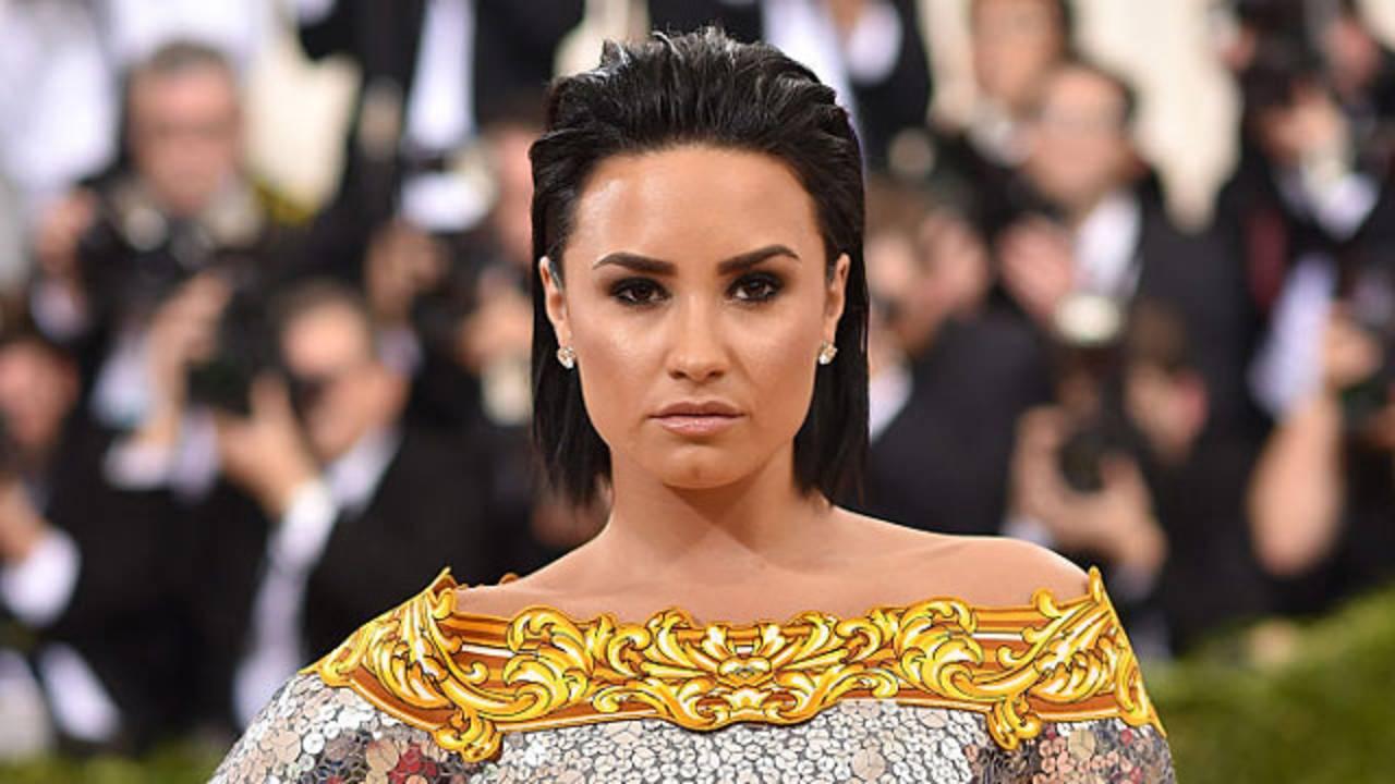 Demi Lovato at 2016 Met Gala81852587-75042528