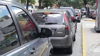 Drivers wait in long lines to pump gas after Venezuela is forced to end&hellip&#x3b;