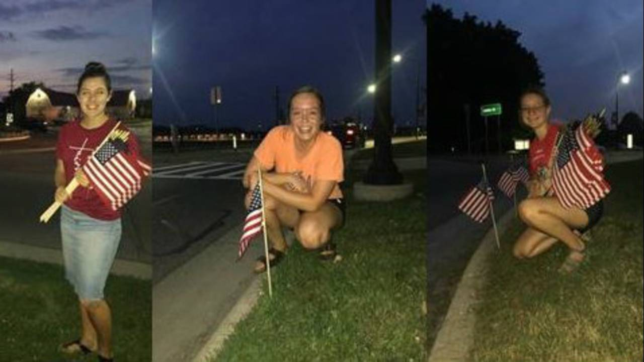 CUAA students 9.11 flags