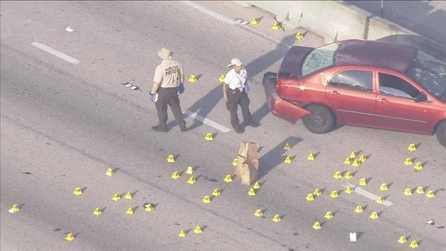 Man with rifle fires shots on Palmetto Expressway20170529131840.jpg