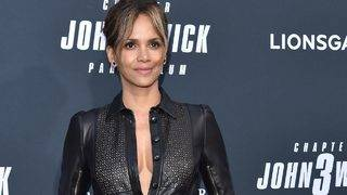 Halle Berry Getting Praise for What She Did on the Red Carpet