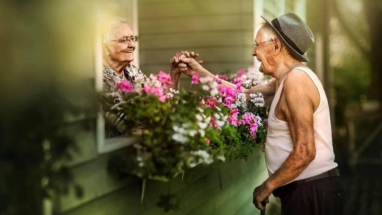 elderly-pics-ONLYUSEHERE-3.jpg