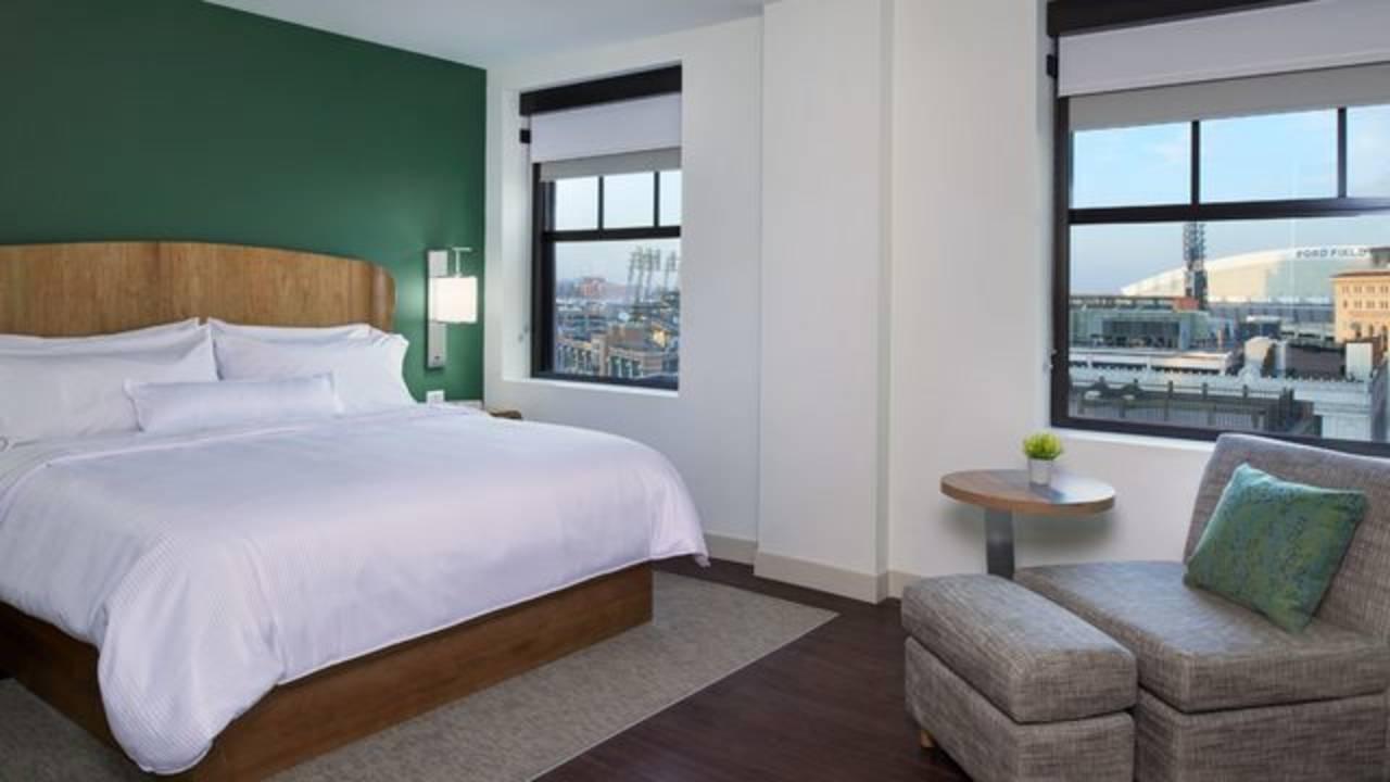 DTWEL_One Bedroom Suite Bedroom_OBRS OBST_1548076394849.jpg.jpg