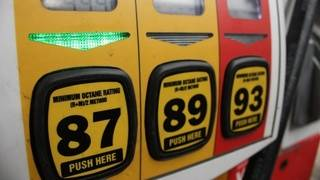 AAA Michigan: Statewide average gas prices hits $3.00 per gallon