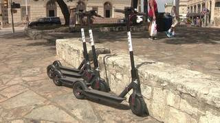 Scooters touch down in San Antonio without warning