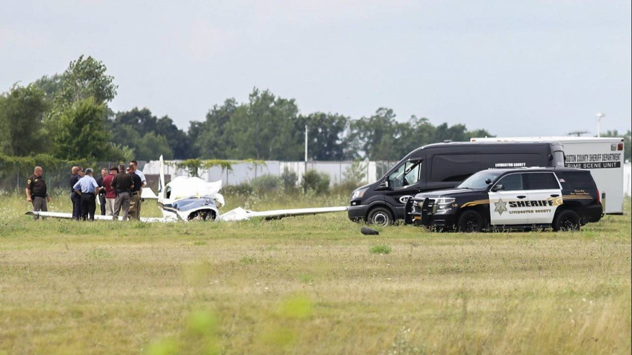 Small plane crash Livingston County ground photo