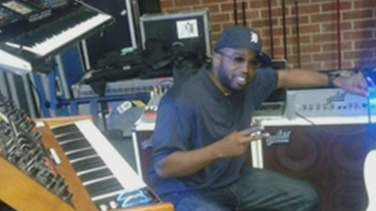 Detroit musician Anthony Tolson_1451341647662.png