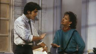 Laurie Metcalfe Recalls the Worst Part of Having George Clooney Play Her&hellip&#x3b;