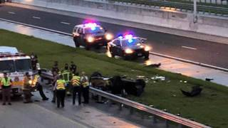 Rollover crash shuts down I-75 southbound in Broward, police say