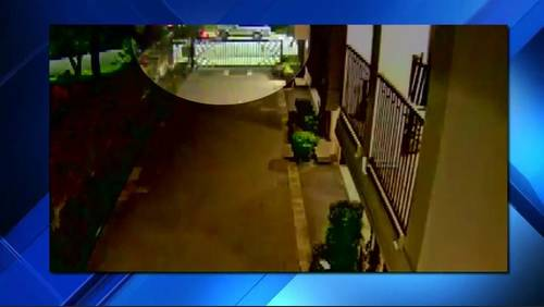 Man posing as tow truck driver steals man's SUV