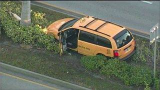 Taxi driver killed in crash after apparent robbery in Miami