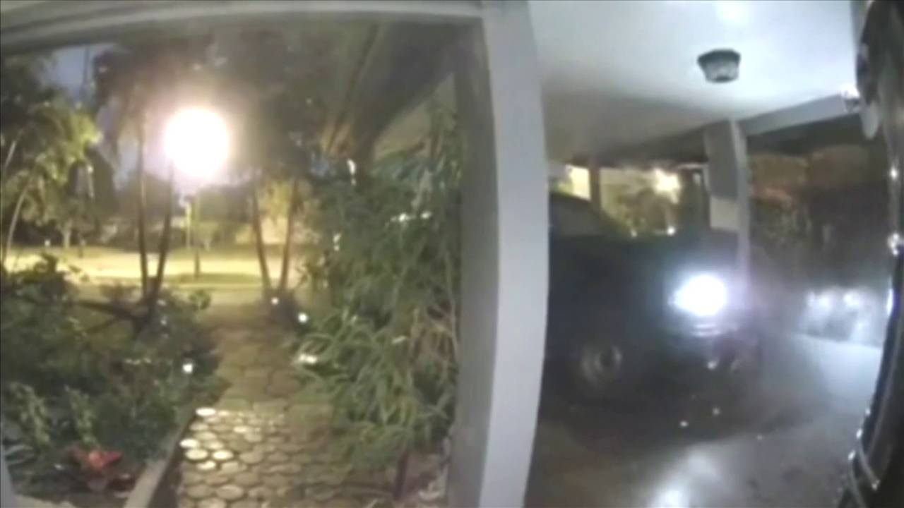 Driver smelled of alcohol after crashing vehicle into Oakland Park home, police say 20181022162848.jpg