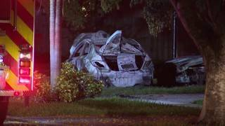4 vehicles catch fire outside southwest Miami-Dade home