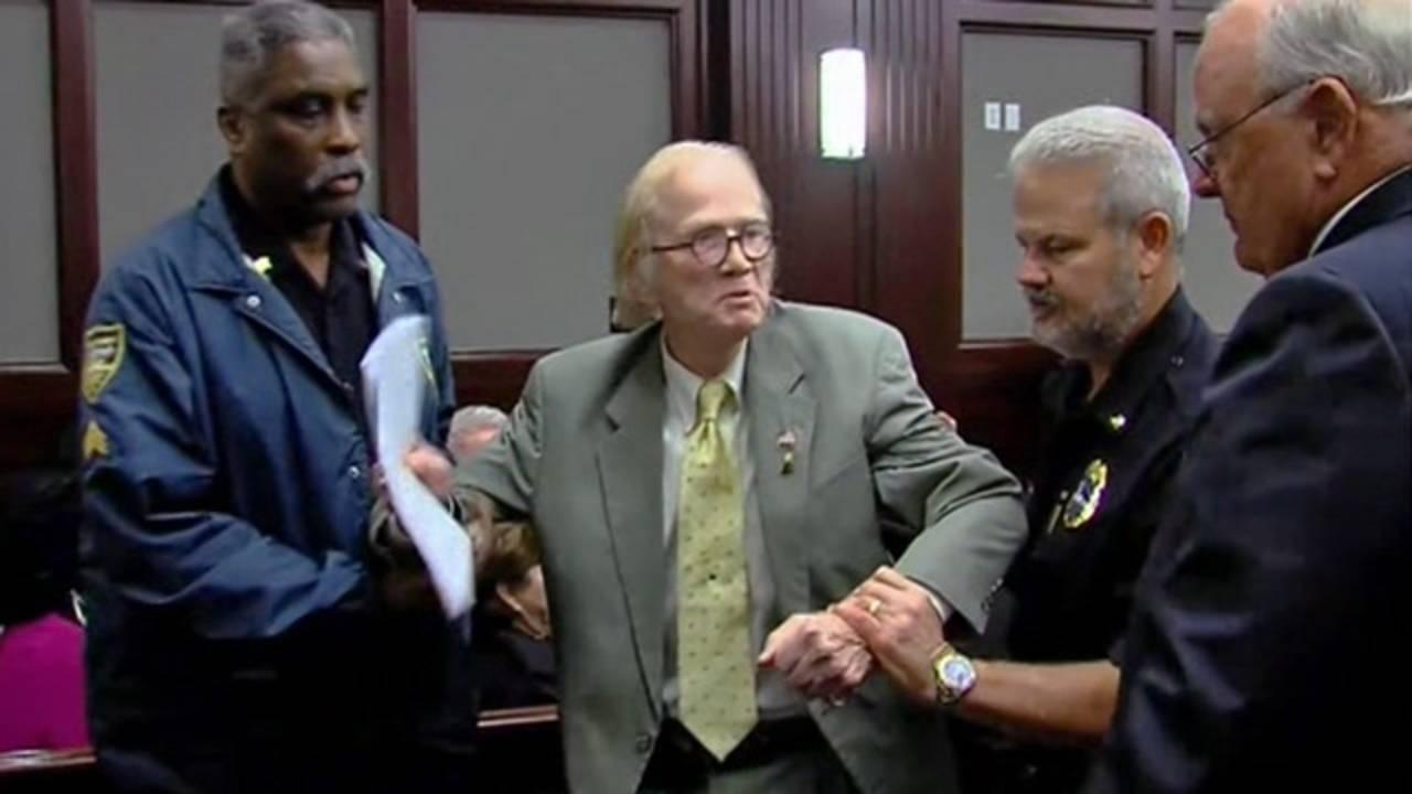 Dunn-sentencingDisruption-jpg.jpg_29193256