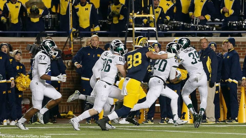 Michigan vs Michigan State 2015 last play fumbled snap