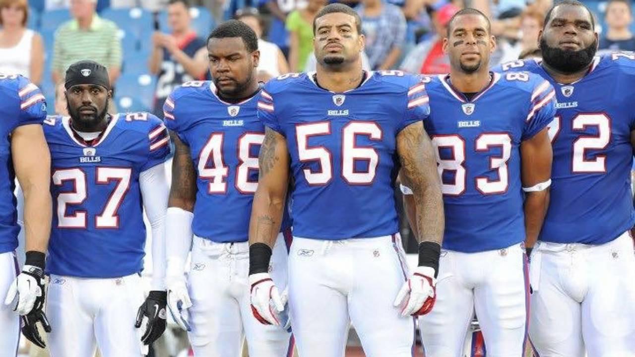 Robert Eddins and teammates Buffalo Bills