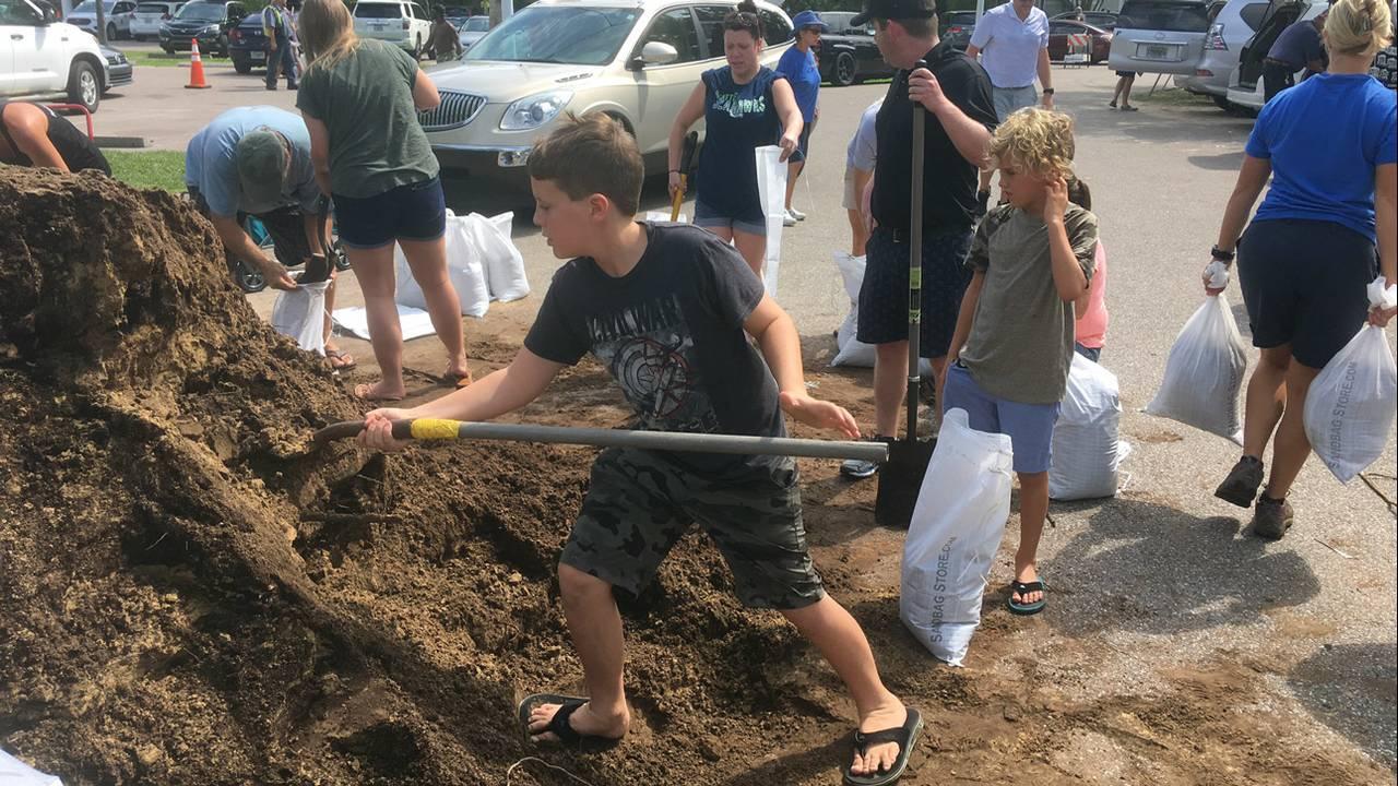 Atlantic-Beach-sandbags