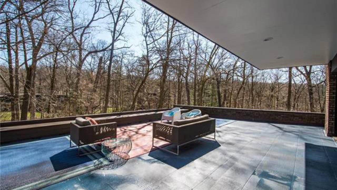 700 Spring Valley Rd deck