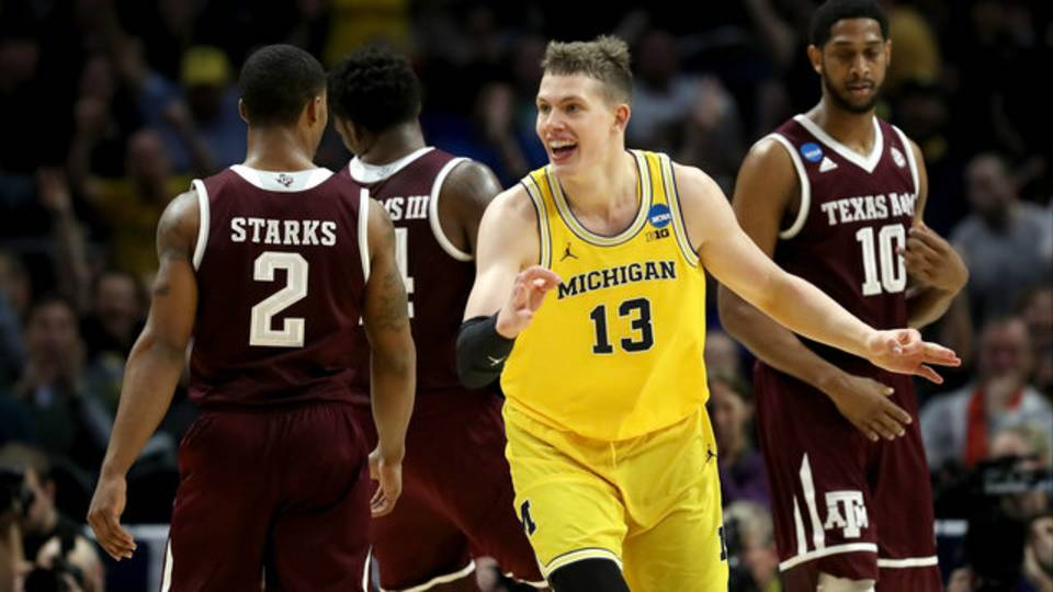 Moritz Wagner Michigan basketball vs Texas AM 2018 Sweet 16