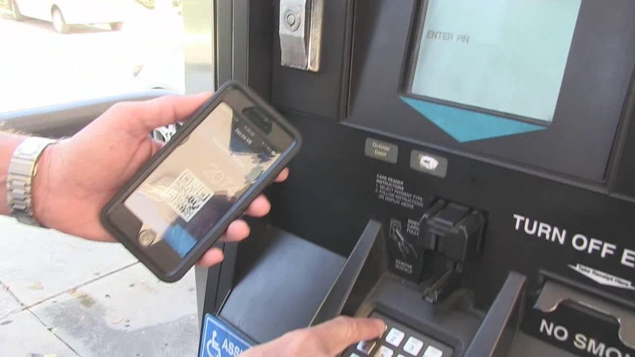 App helps drivers avoid gas pump skimmers_36640892