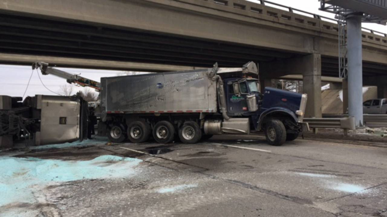 salt truck i75_1550352661912.jpg.jpg