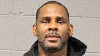 R. Kelly puts his request to work abroad on hold