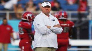 FAU to play Gators in Gainesville in 2021