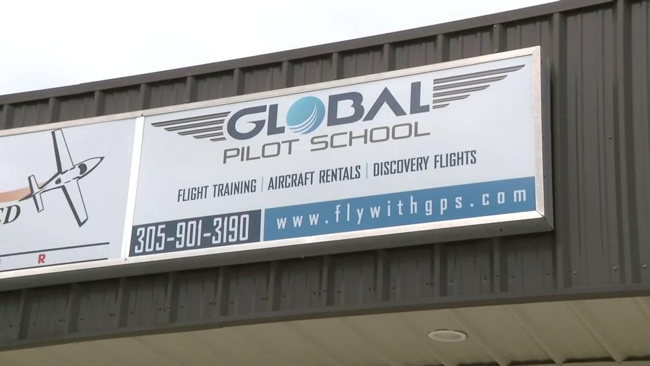Global Pilot School sign