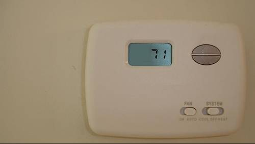 Is it better to have the thermostat set in the 60s or 70s?