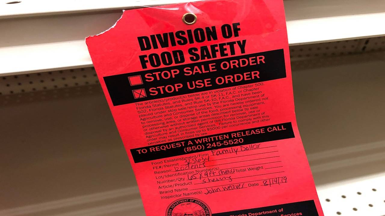 Food safety sign at Family Dollar