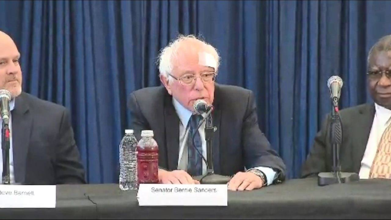 Bernie Sanders Stays On The Stump After Receiving Stitches