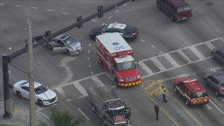 Multiple injures after car slams into Fort Lauderdale Fire Rescue truck