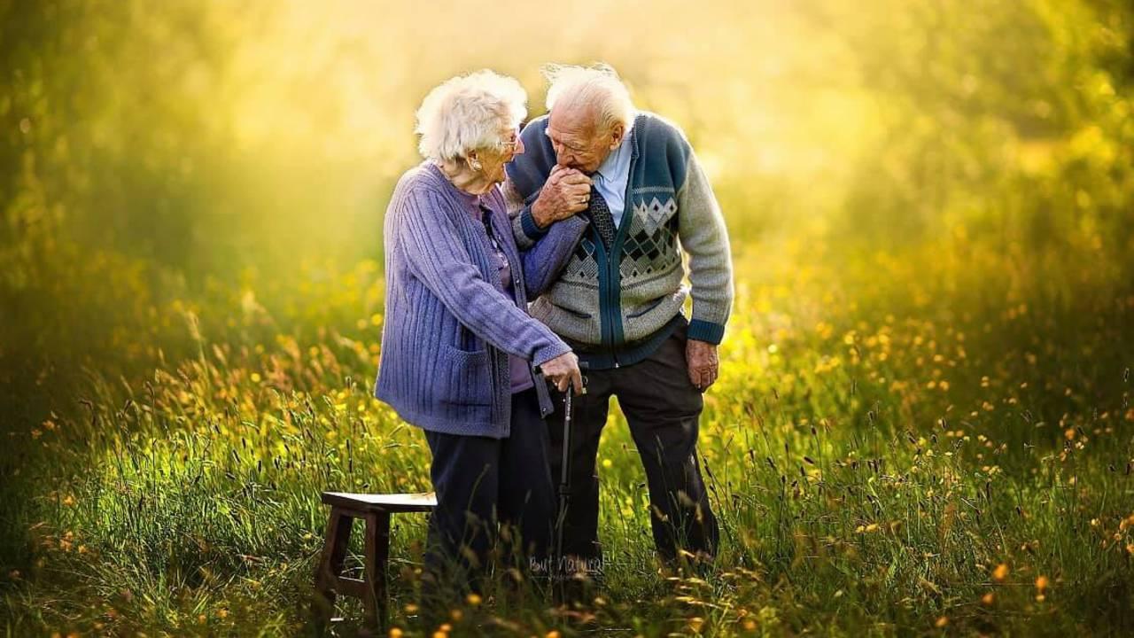elderly-pics-ONLYUSEHERE-5.jpg