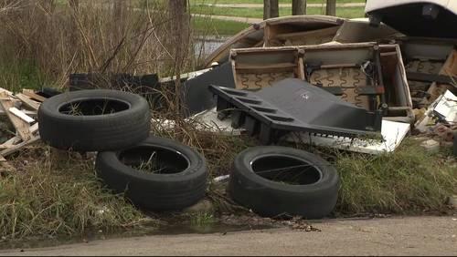 Trash piles up for weeks near Alief park, neighbors say